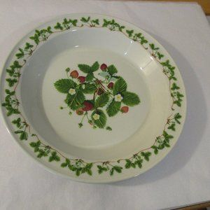 Summer Strawberries Portmeirion Pie Plate Dish